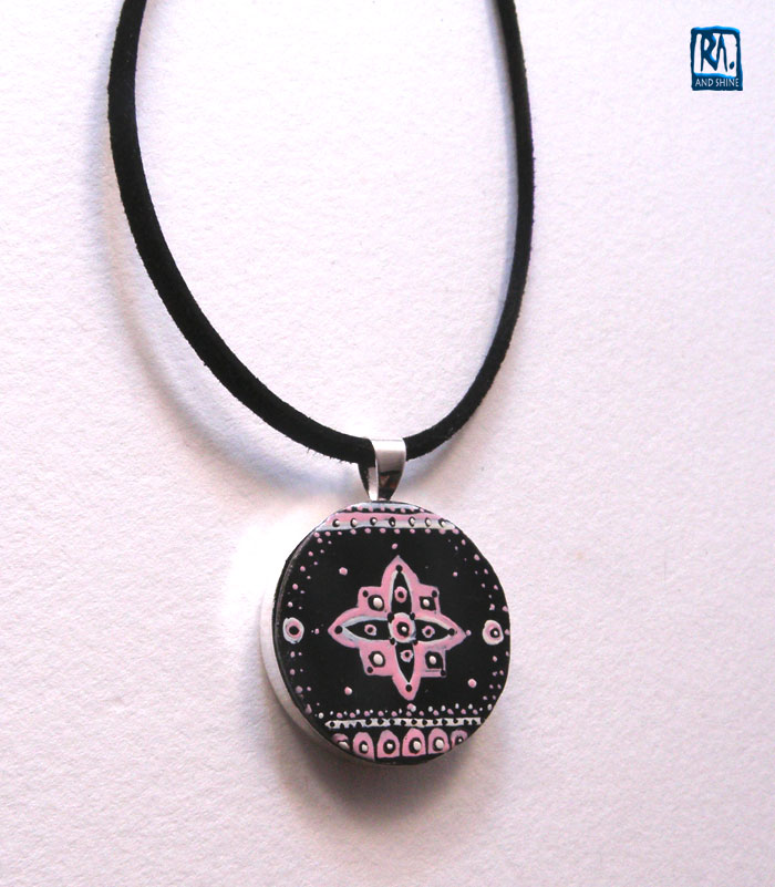 RA-PENDANT-SILVER-PLATED-ROUND-010