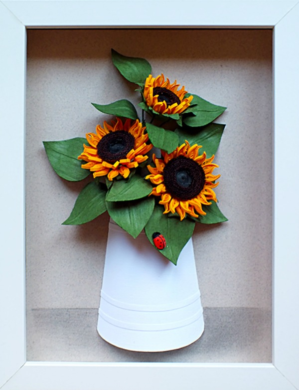 quilled-sunflowers-in-a-paper-vase-with-ladybug