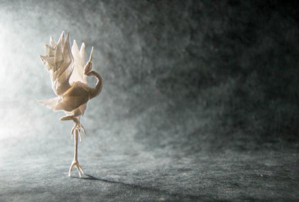 """Origami Dancing Crane"" design - Robert Lang, pliat de Gonzalo Garcia Calvo"