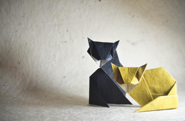 """Origami Cats"" design - Kunihiko Kasahara, pliat de Gonzalo Garcia Calvo"