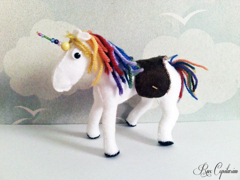 Unicorn Curcubeu